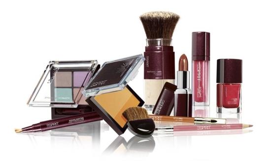 Esprit Kosmetik bei dm