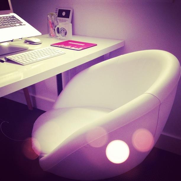 ikea drehstuhl skruvsta wei. Black Bedroom Furniture Sets. Home Design Ideas