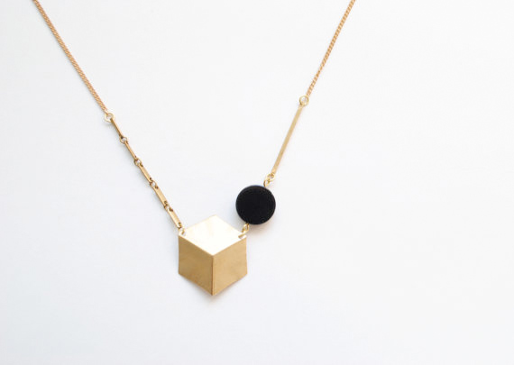 brass-cube-and-onyx-disc-necklace