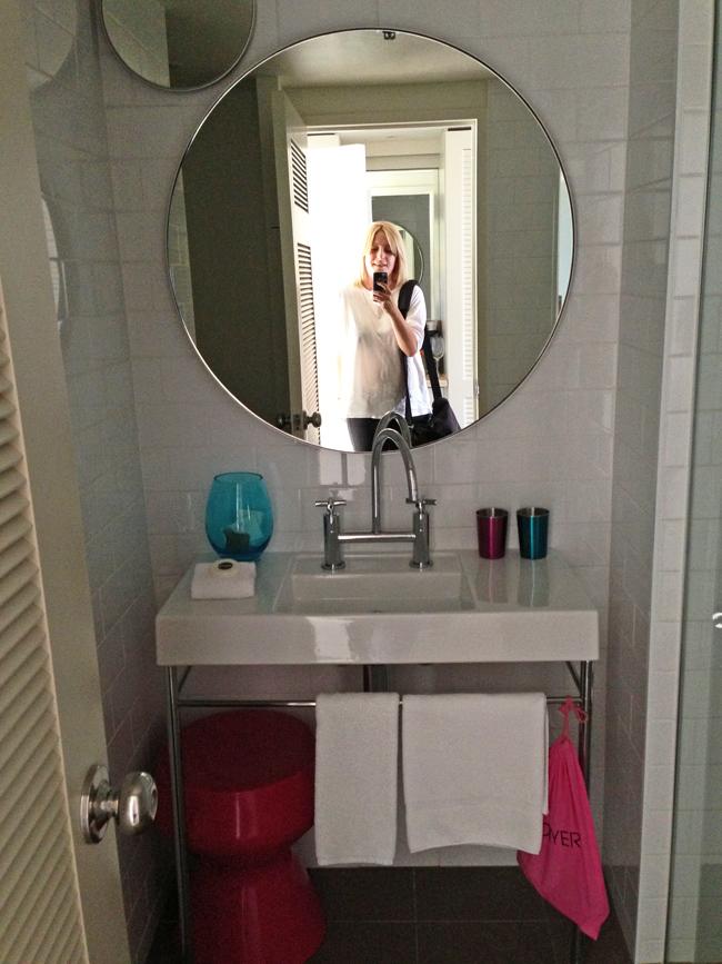 bathroom-QT-Hotel