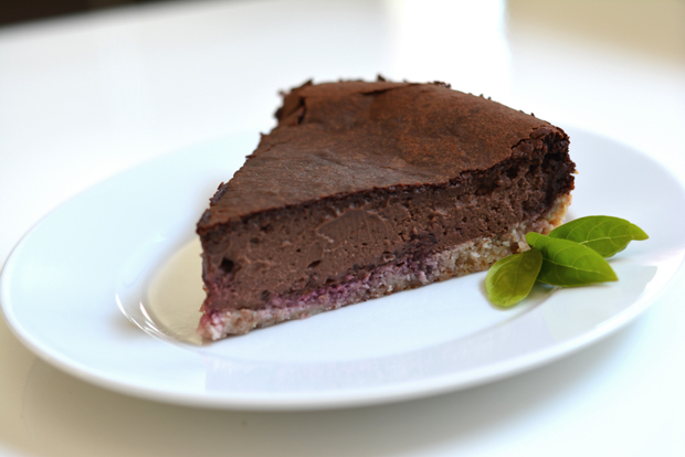 dark-chocolate-vegan-cheesecake