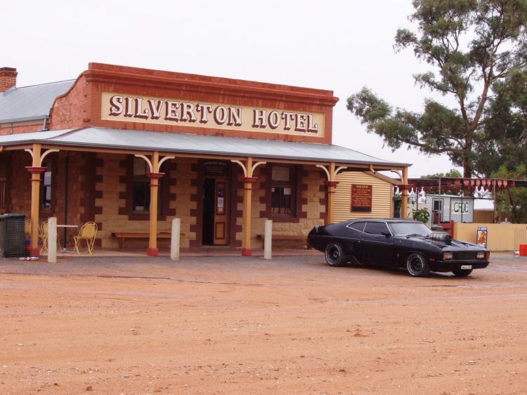 silverton-hotel-mad-max