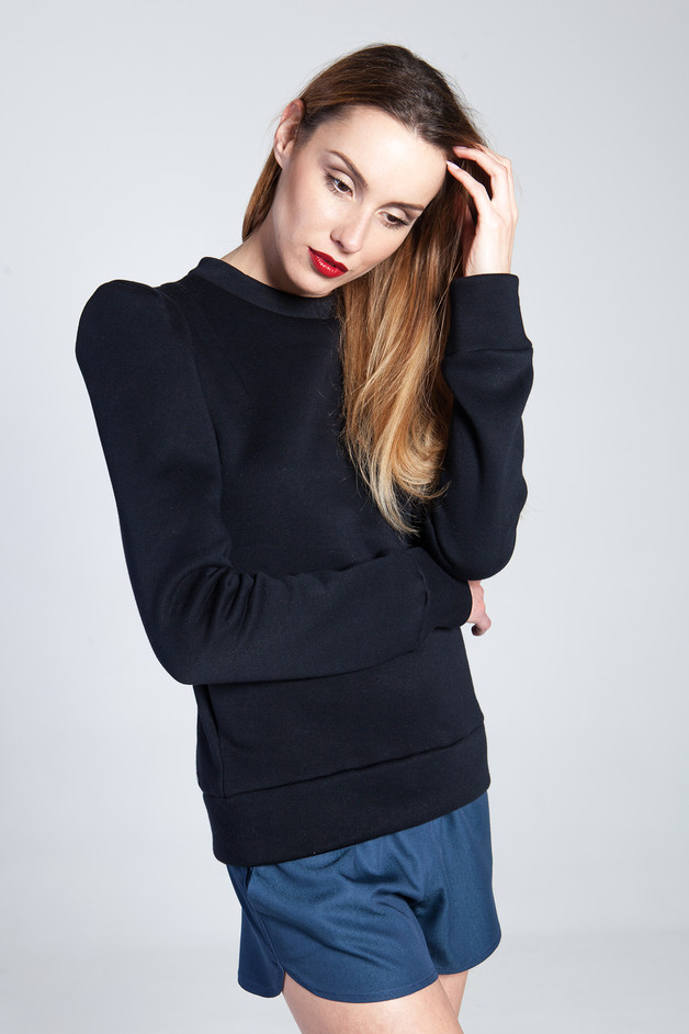 sweatshirt with sharp shoulders